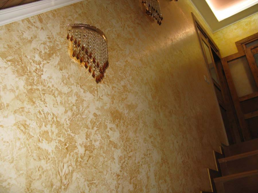 марокканская штукатурка на лестнице