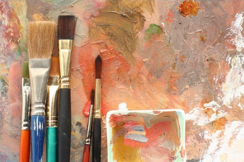 кисти и краски для штукатурке