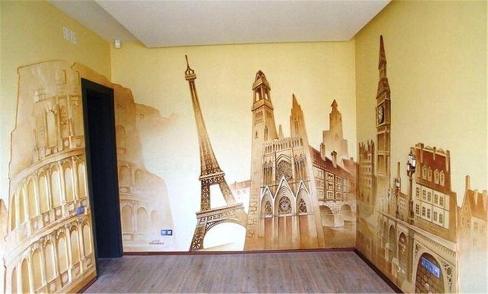 рисунок на стене со штукатуркой в комнате