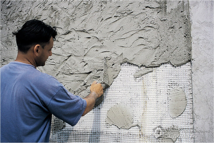штукатурка стены по сетке