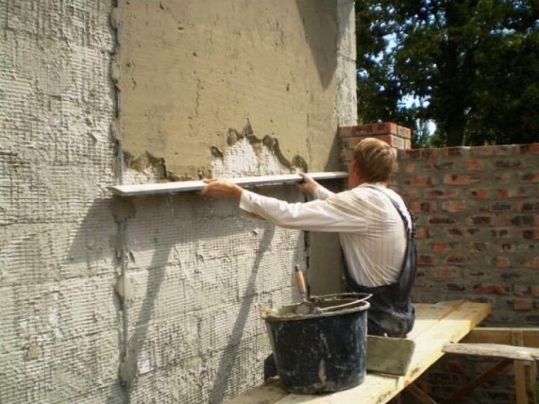 выравнивание стен цементно песчаной смесью