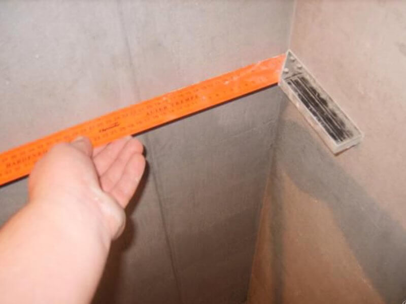 прямой угол стены при штукатурке