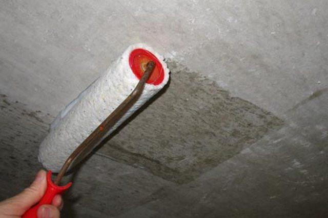 грунтовка стены под бетонную штукатурку