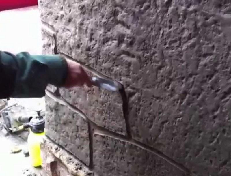 ручная прорисовка камня на штукатурке